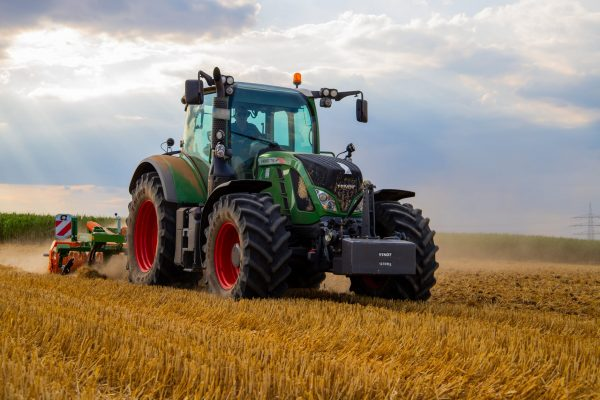 Agriculture Software Development: 7 Features to Help You