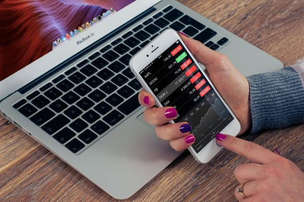 Stock Market App Development: 6 Reasons to go for one!