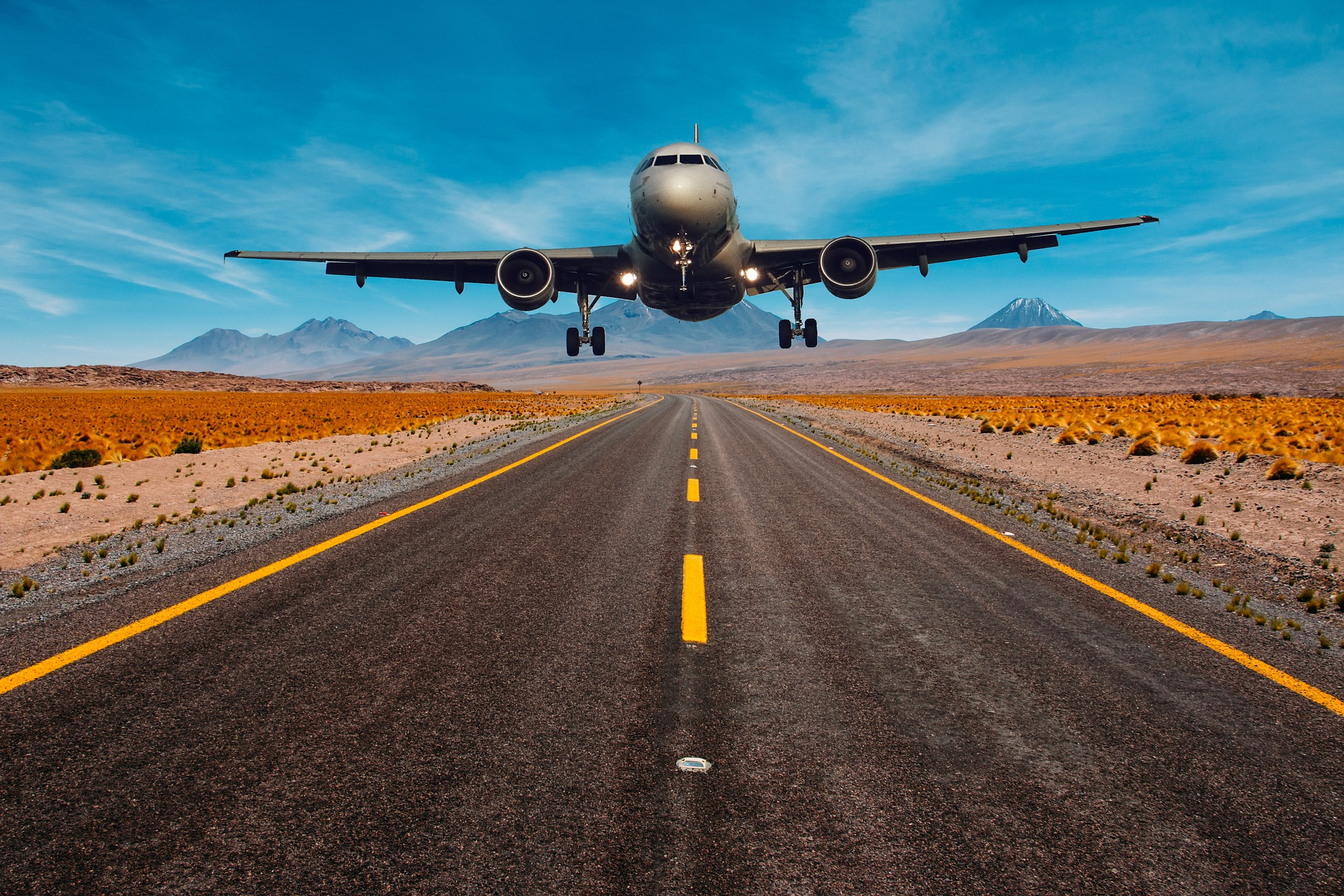 6 Qualities To Make Your Aviation Website Development More Vibrant
