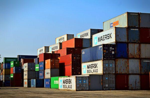 7 Important Features for Your Logistics Website Development