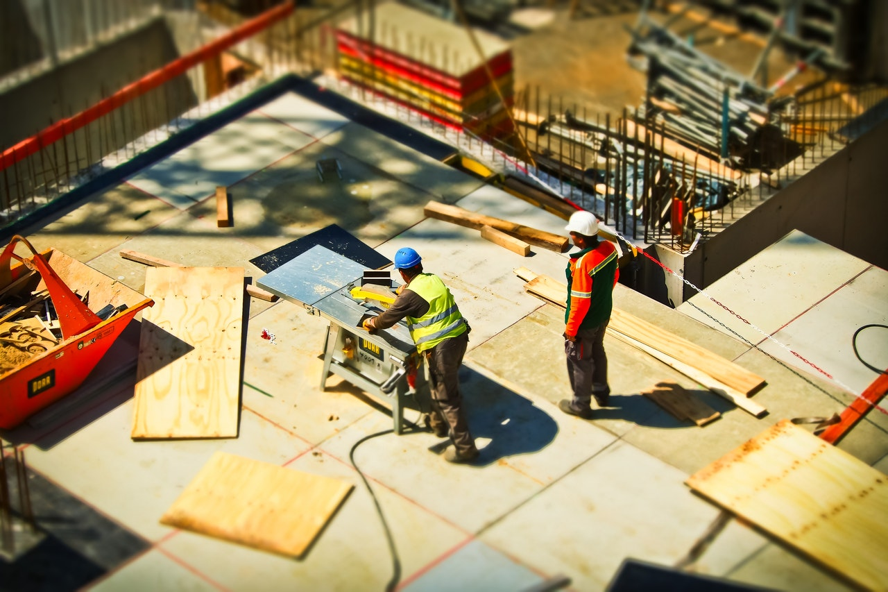 6 Reasons to Use Construction App Development to Grow Your Business